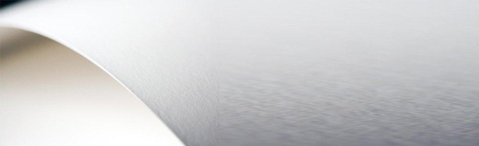 Papéis mata-borrão e de protecção